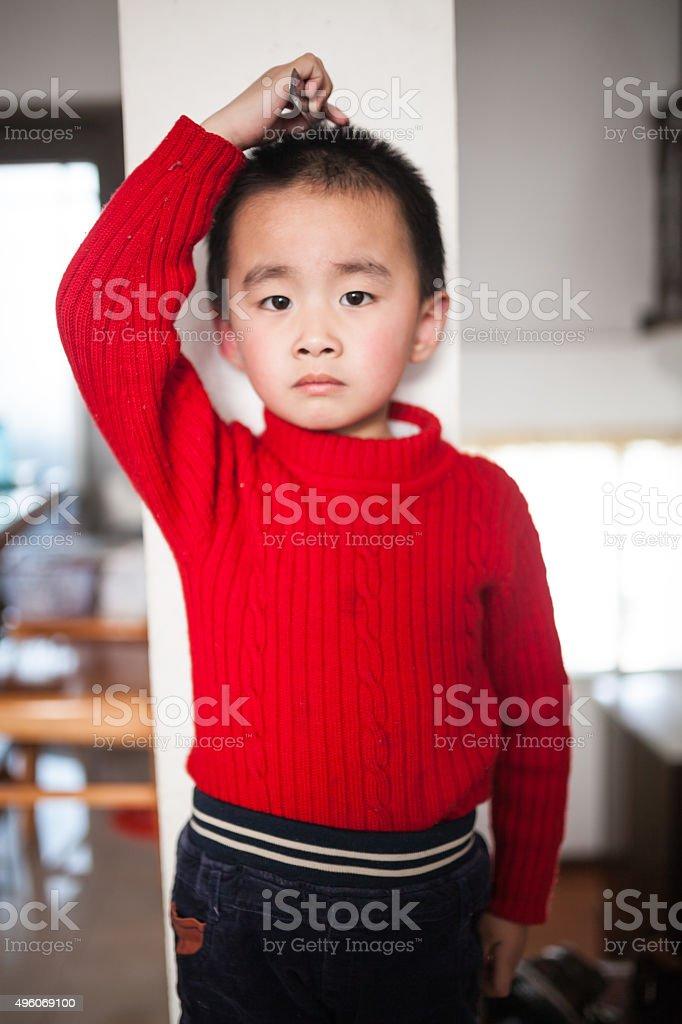 small boy measuring his height stok fotoğrafı