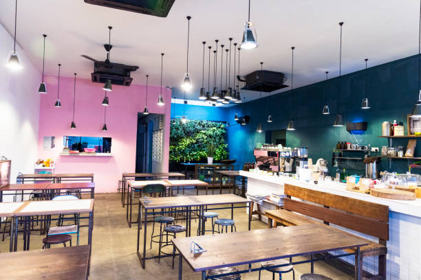 small business - cafe in kuala lumpur, malaysia - geschlossene küchen stock-fotos und bilder