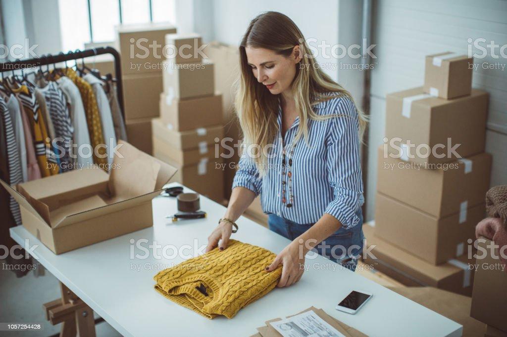 Pequeña empresa owener - Foto de stock de 35-39 años libre de derechos