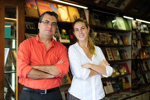 small business: Propietario de una librería - foto de stock