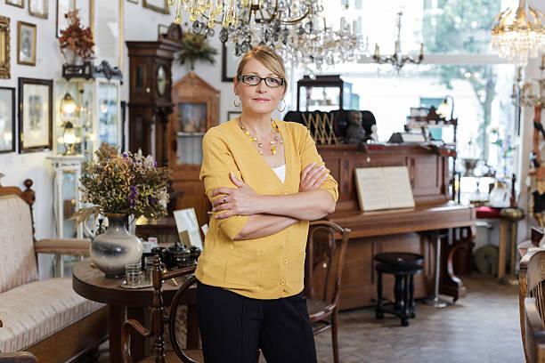 Kleinunternehmen Eigentümer eines antiken Store – Foto
