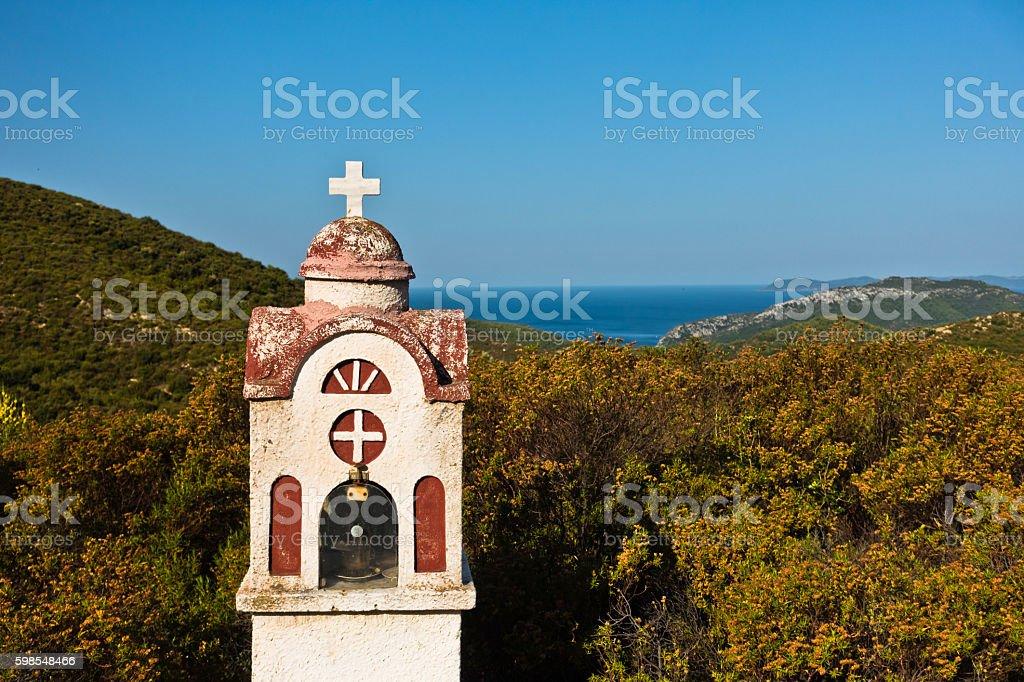Small church in Greek coastal landscape at sunset, Sithonia photo libre de droits