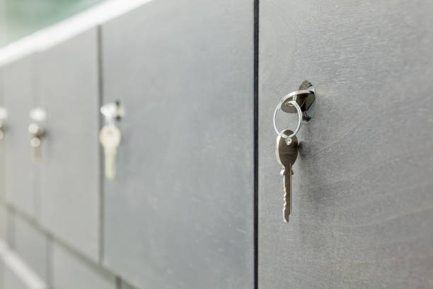 Kleine Schränke mit Schlüssel – Foto
