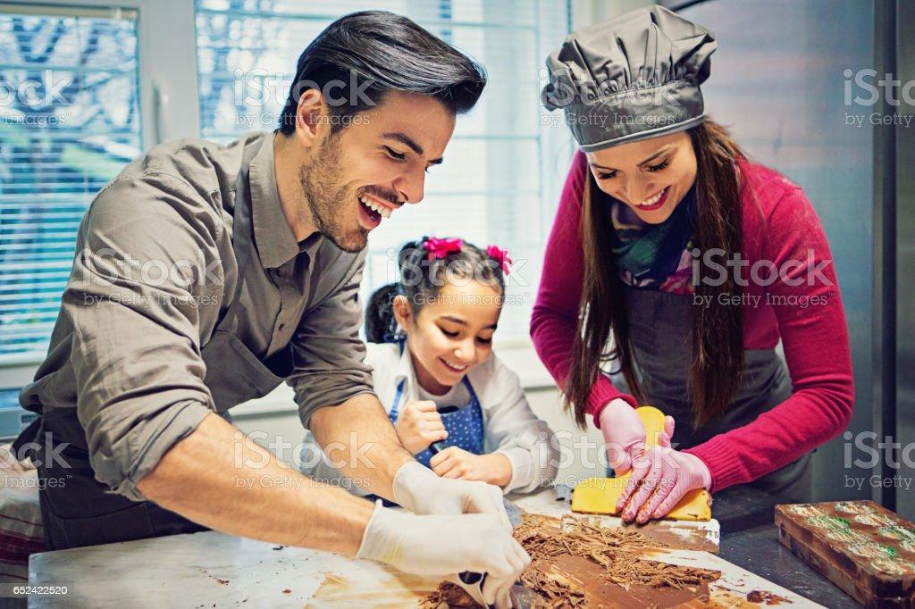 Petite entreprise familiale de production de chocolat - Photo