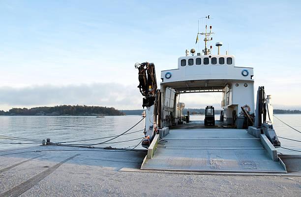 small ferryboat moored at quay - ferry lake sweden bildbanksfoton och bilder
