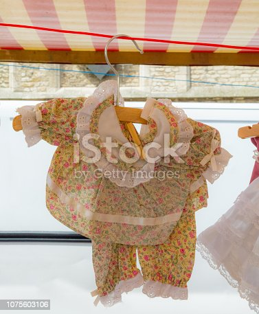 Brocante vintage Girl clothing in Gouda