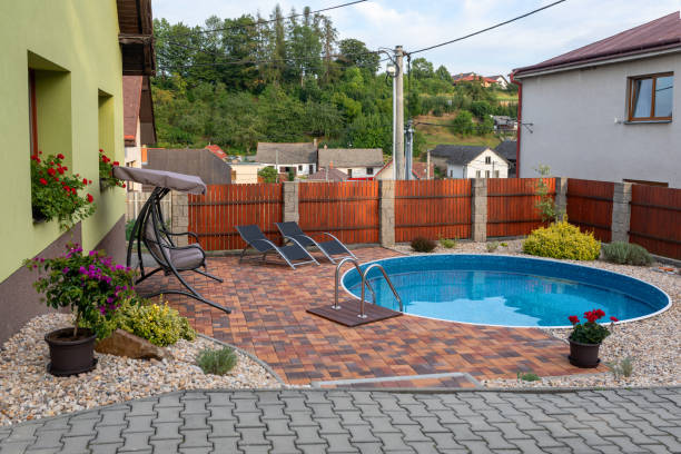 117 715 Small Pool Stock Photos Pictures Royalty Free Images Istock