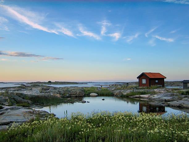 małe górach w zewnętrznej acrhipelago - szwecja zdjęcia i obrazy z banku zdjęć
