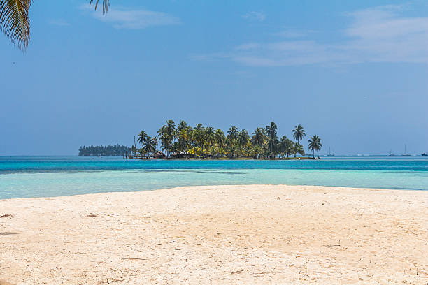 Small Island in the caribbean sea, San Blas Islands small Island in the deep blue caribbean sea in the area of San Blas Islands, Panama yala stock pictures, royalty-free photos & images
