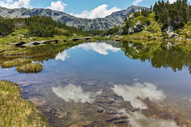 Balık Gölleri yakınlarındaki küçük göller, Rila dağı, Bulgaristan stok fotoğrafı
