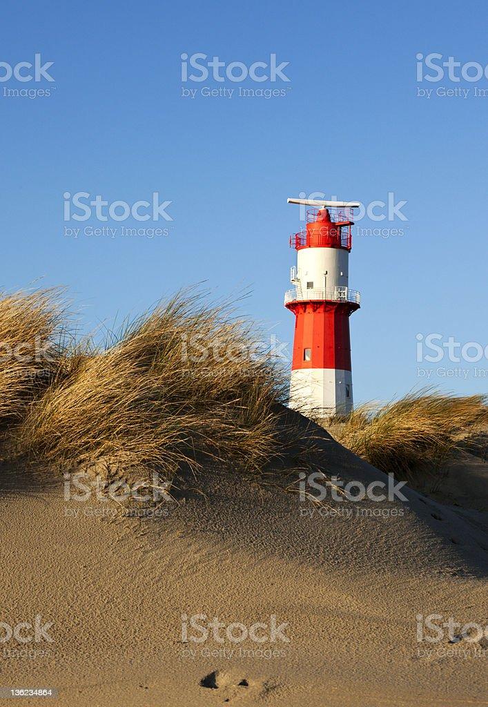 Kleiner Leuchtturm und Dünen Borkum beach – Foto