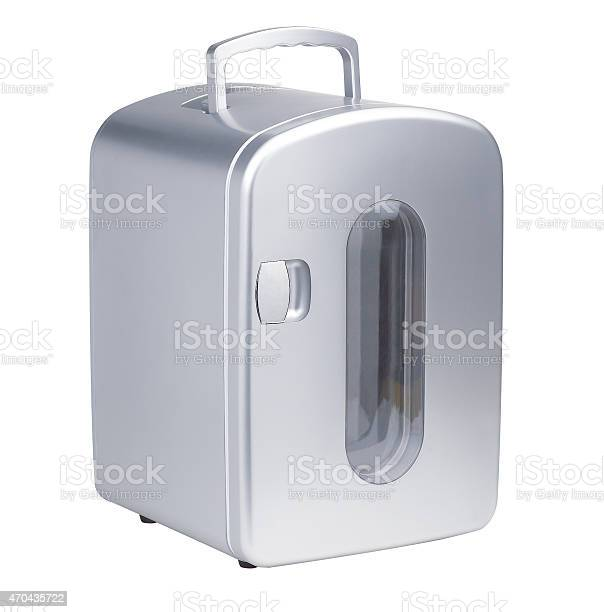 Small portable refrigerator picture id470435722?b=1&k=6&m=470435722&s=612x612&h=ukw8piuhj51ve z wwr7ghtuqusxtxcswkr2 slpacs=