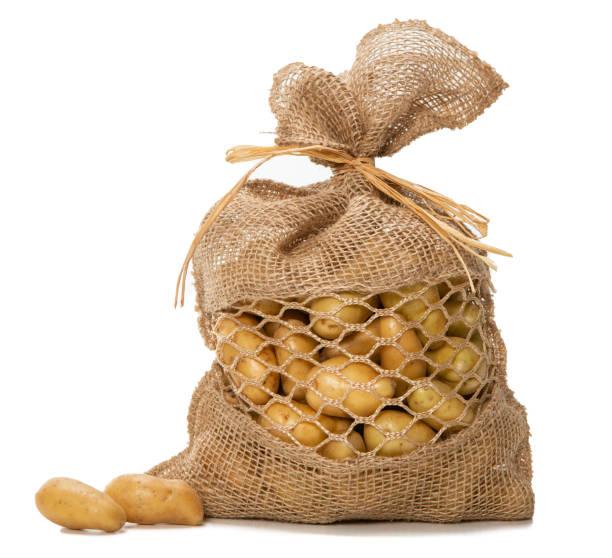 Kleine Kartoffeln in einer hübschen Jute-Tasche – Foto