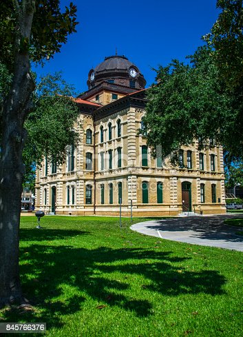 1024248138istockphoto A Small Texas Town Columbus TX City County Courthouse the Town Square of the Historic small Town of Texas along the Colorado River South west of Houston 845766376