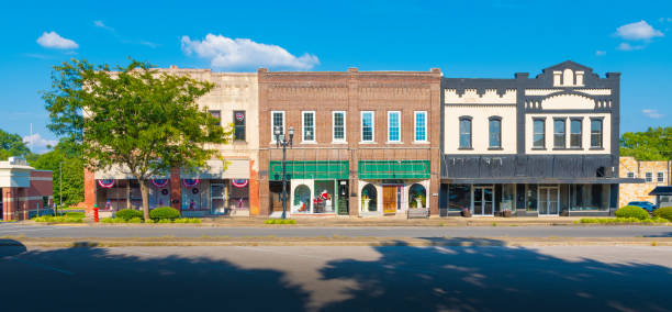 Small Town America - Main Street Stores Downtown stores in small town Tennessee. city street stock pictures, royalty-free photos & images