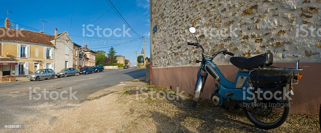 Ciudad pequeña Francia - foto de stock