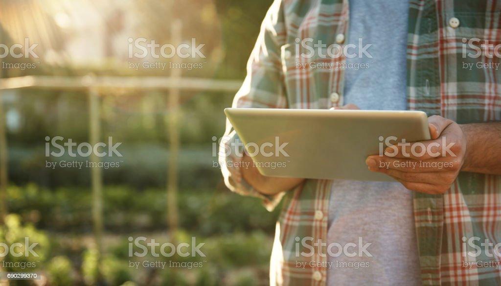 Aplicaciones inteligentes para el jardinero inteligente - foto de stock