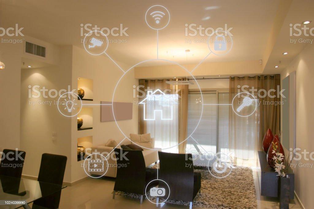 Smart home software application internet technology - Foto stock royalty-free di Allarme