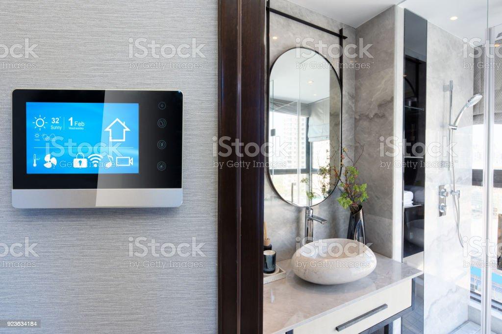 smart-home-System auf Intelligenz Bildschirm mit Hintergrund – Foto
