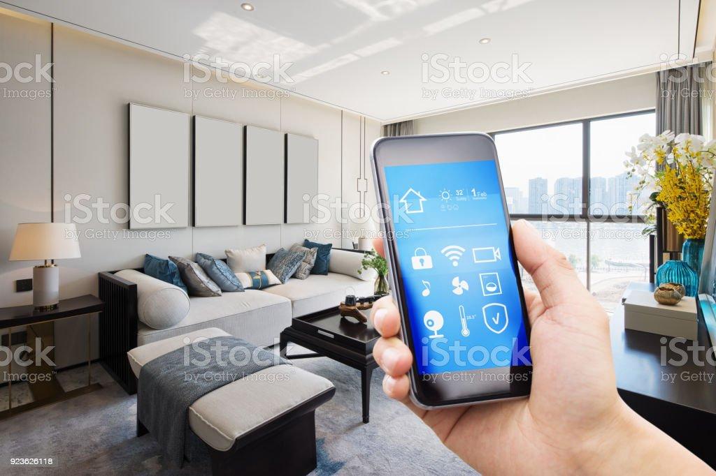 smart-home-System auf dem Handy mit Hintergrund – Foto