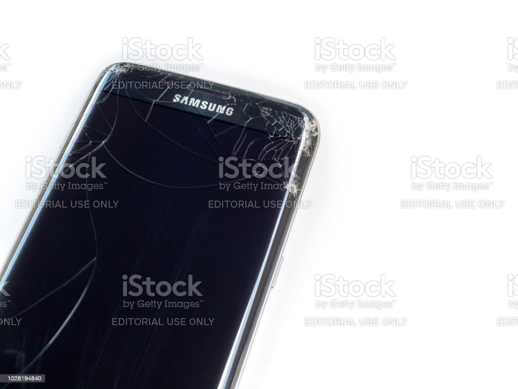 Smart Phone Samsung Galaxy S7 Edge Broken Stock Photo Download Image Now Istock