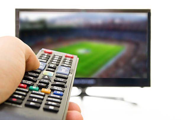 Smart TV also enjoy football Smart TV also enjoy football 4k resolution stock pictures, royalty-free photos & images