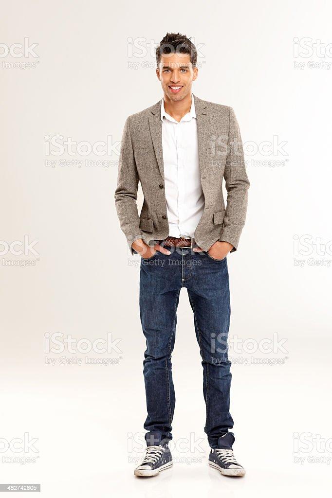Inteligentes jovens masculinos em roupa elegante - foto de acervo
