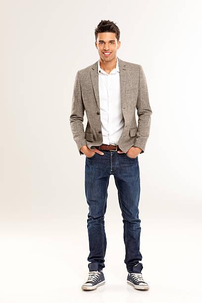 elegante joven masculino en elegante de ajuste - moda de negocios informal fotografías e imágenes de stock