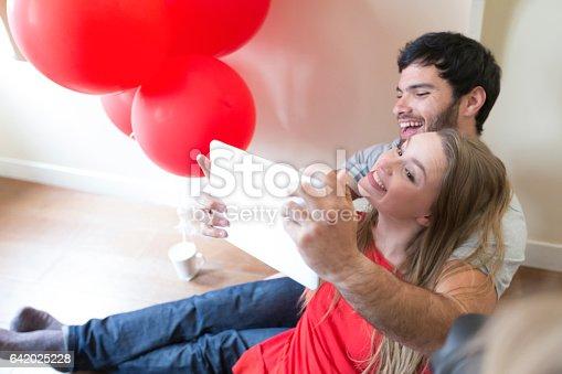 istock Smile for a selfie honey! 642025228