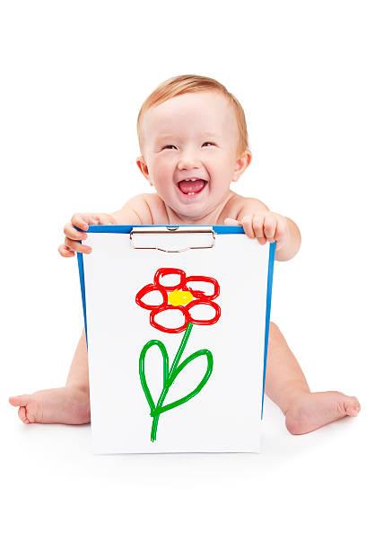 lächeln baby hält ein klemmbrett - sprüche kinderlachen stock-fotos und bilder