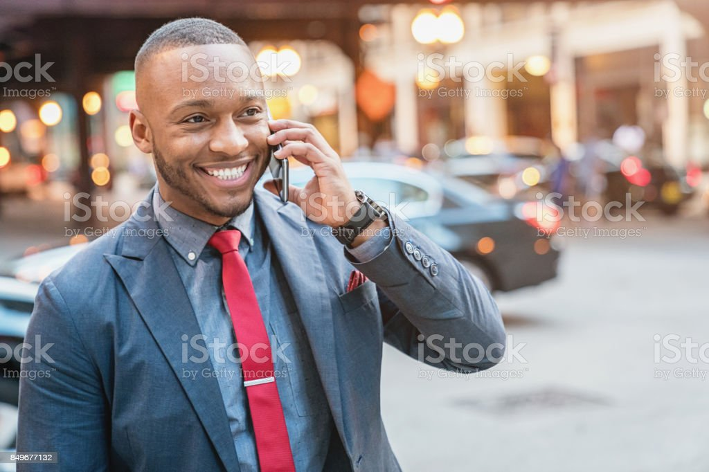 Lächelnd, Business s telefonieren mit Handy – Foto