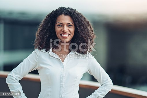 Portrait of an African ethnicity businesswoman looking at camera