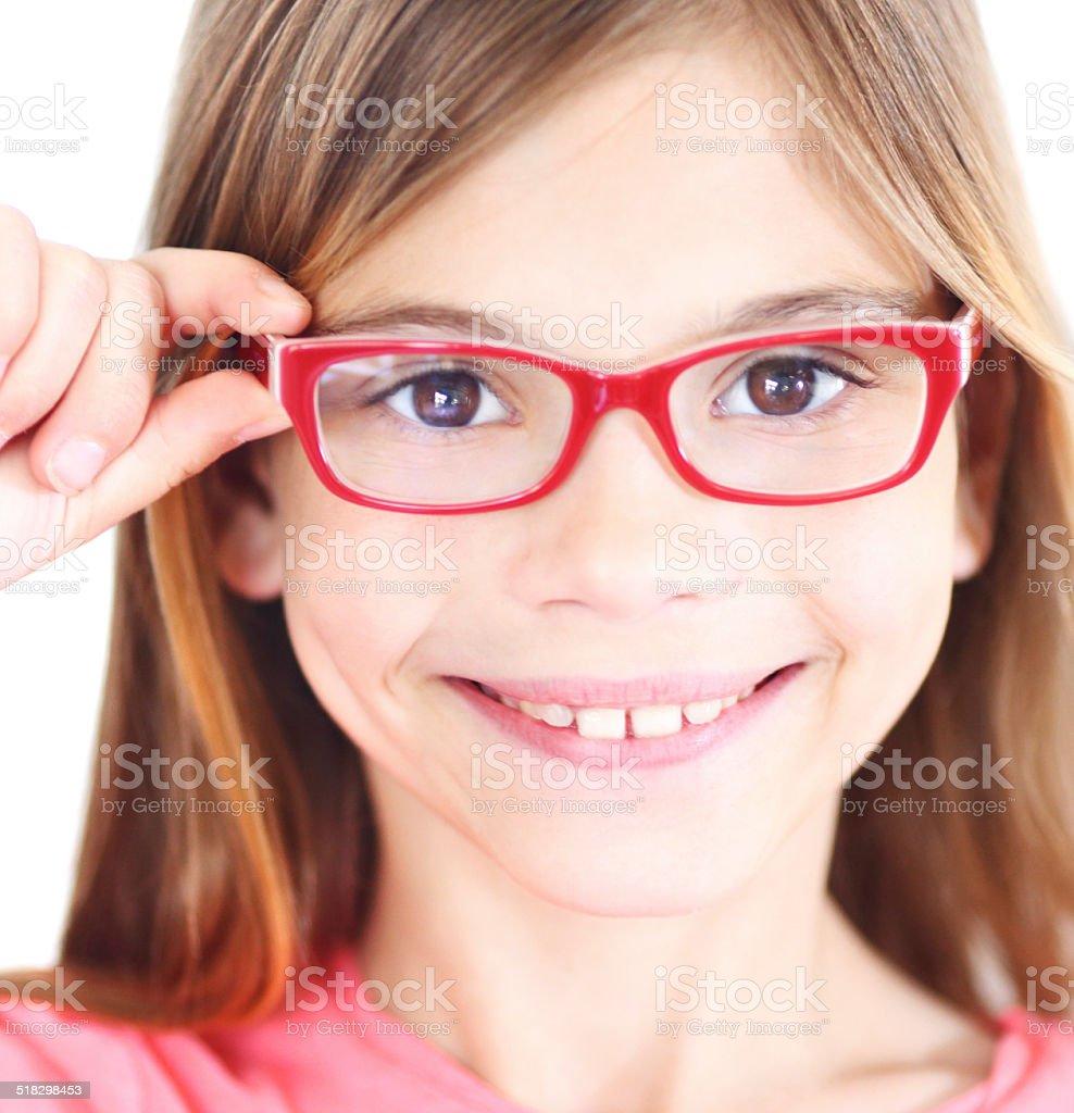 Lächelnd Mädchen mit eyeglasses. – Foto