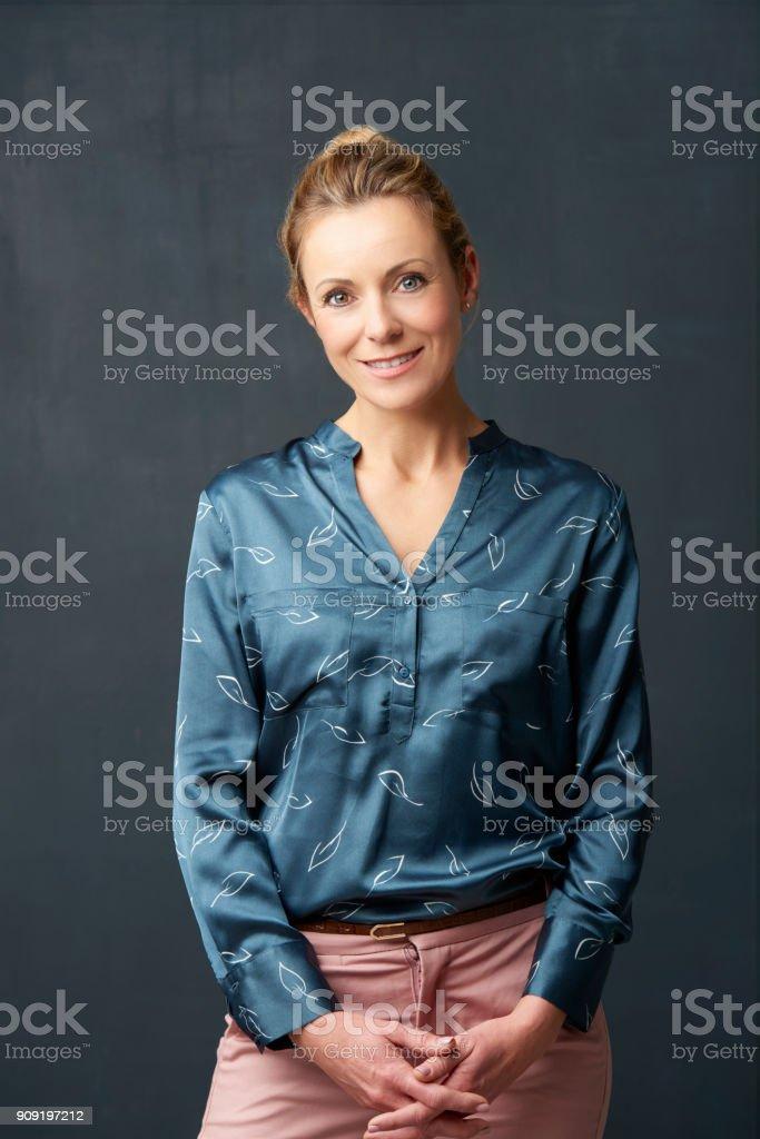 portrait de femme souriant - Photo
