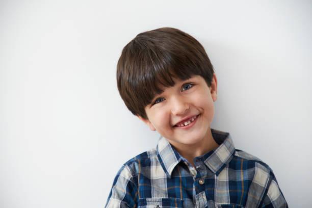 Lächelnden kleinen Kerl – Foto