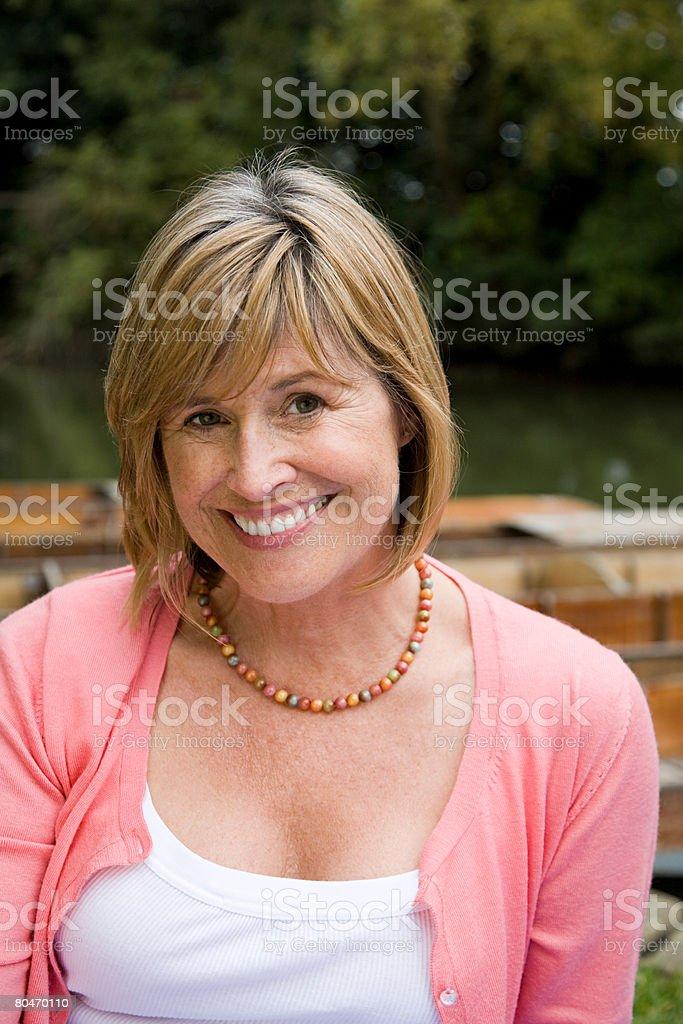 微笑む熟年女性 ロイヤリティフリーストックフォト