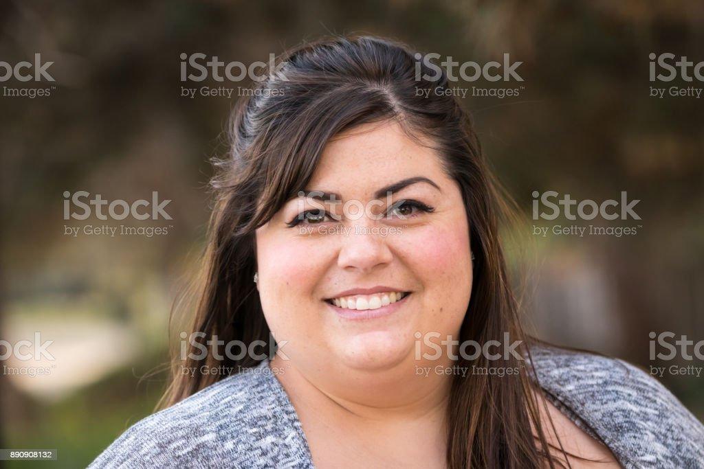 Lächelnde Frau mittleren Alters – Foto