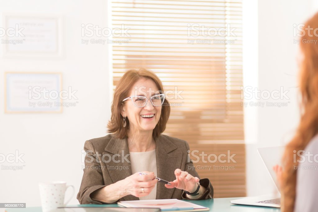 Smiling profesional advisor - Royalty-free Adult Stock Photo