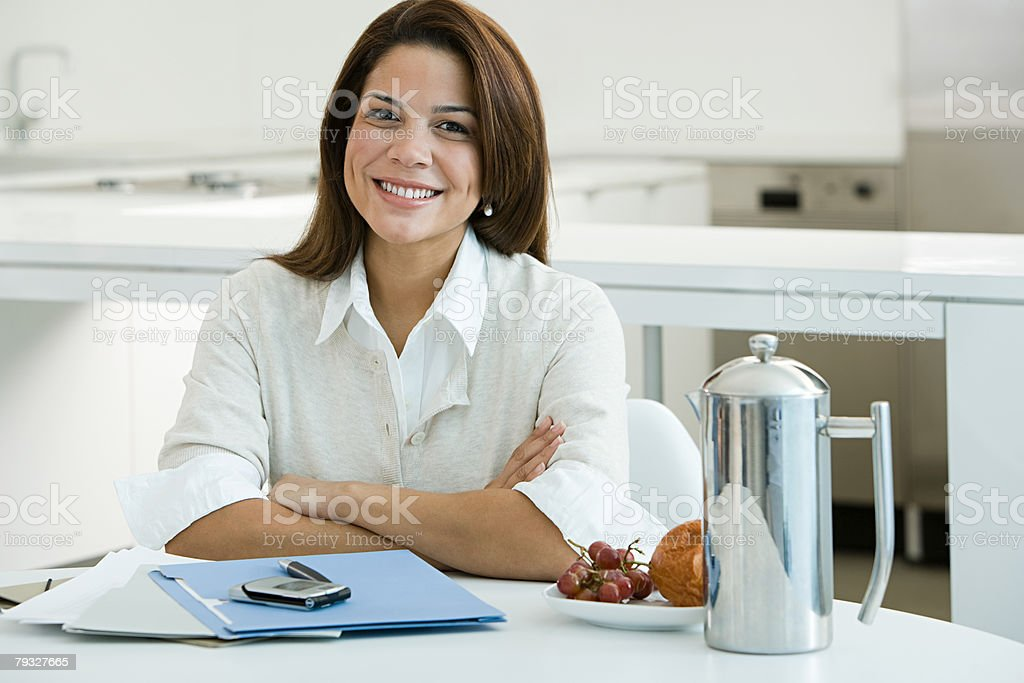 Smiling woman at breakfast royalty-free 스톡 사진