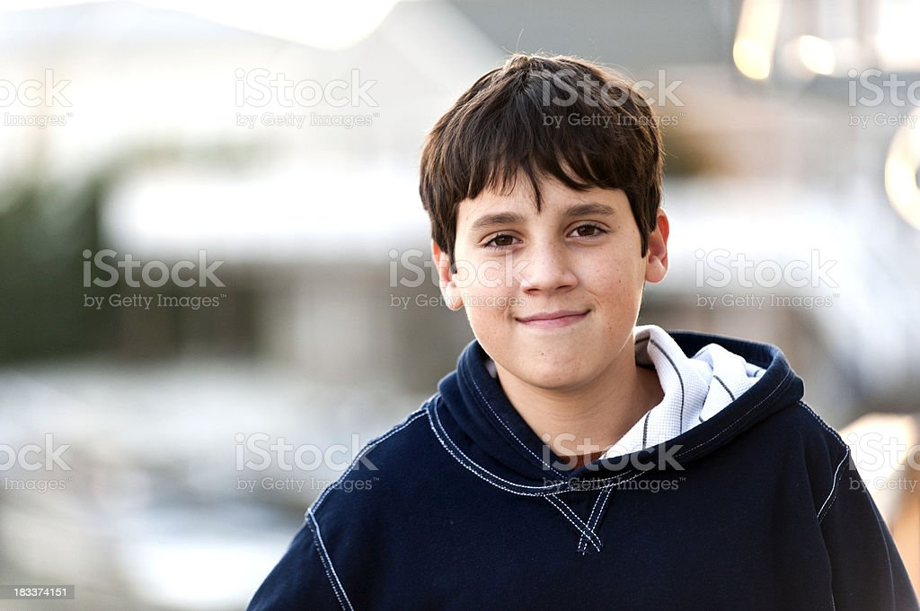 smiling young boy​​​ foto