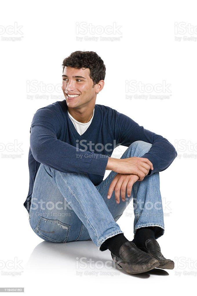 Homme souriant à la recherche de l'hôtel - Photo