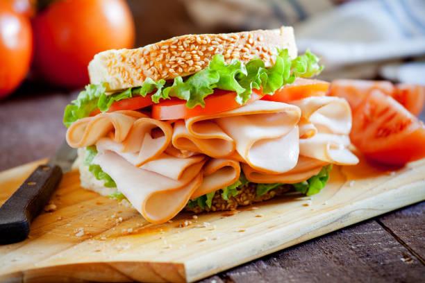 smoked chicken sandwich - panino ripieno foto e immagini stock