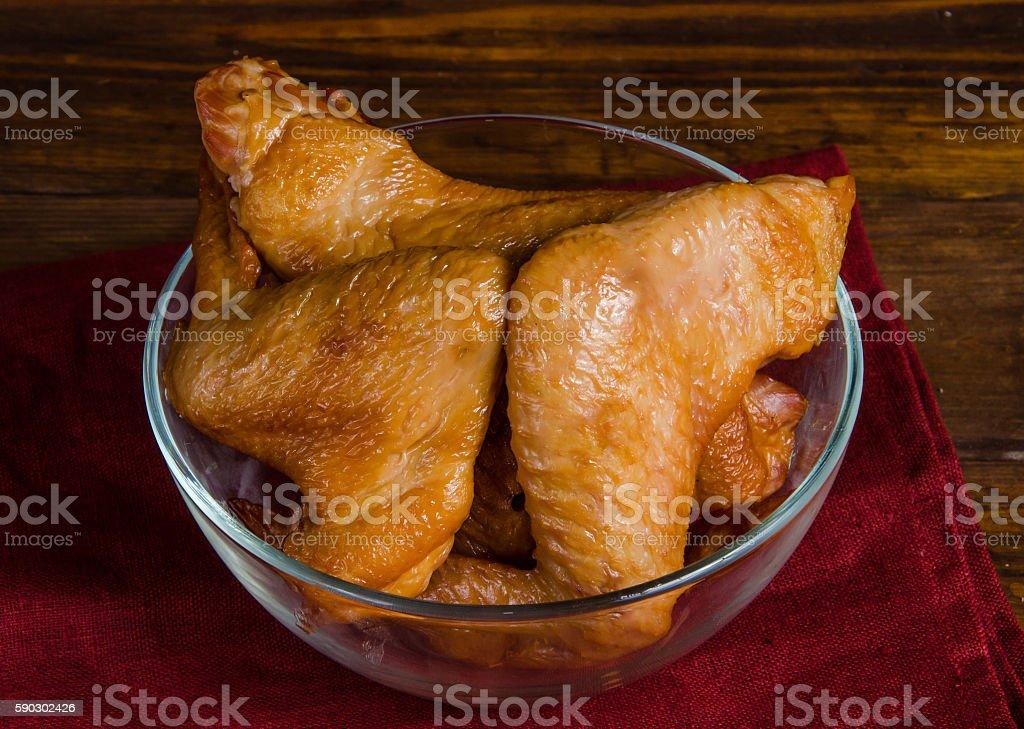Smoked chicken set on wood background royaltyfri bildbanksbilder