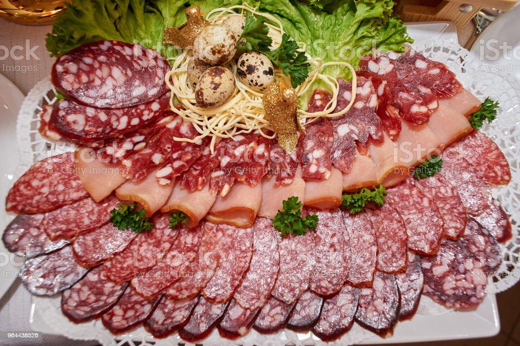Gerookte worst, ham en Groenen - Royalty-free Bar - Gebouw Stockfoto