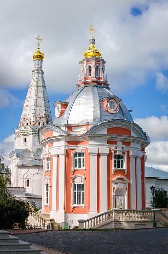 Smolenskaya Seriev Posad 러시아의 교회 0명에 대한 스톡 사진 및 기타 이미지