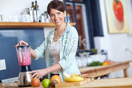 512979895istockphoto Smooth and delicious 527723575