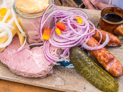 istock Snack plate in Bavaria 1094053072