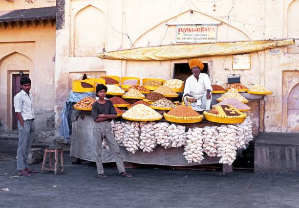 snack stall at amber fort, jaipur. - typisch 90er stock-fotos und bilder