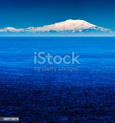 istock snaefellsjökull, iceland 166319628