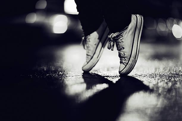 sneaker ballet - street dance bildbanksfoton och bilder